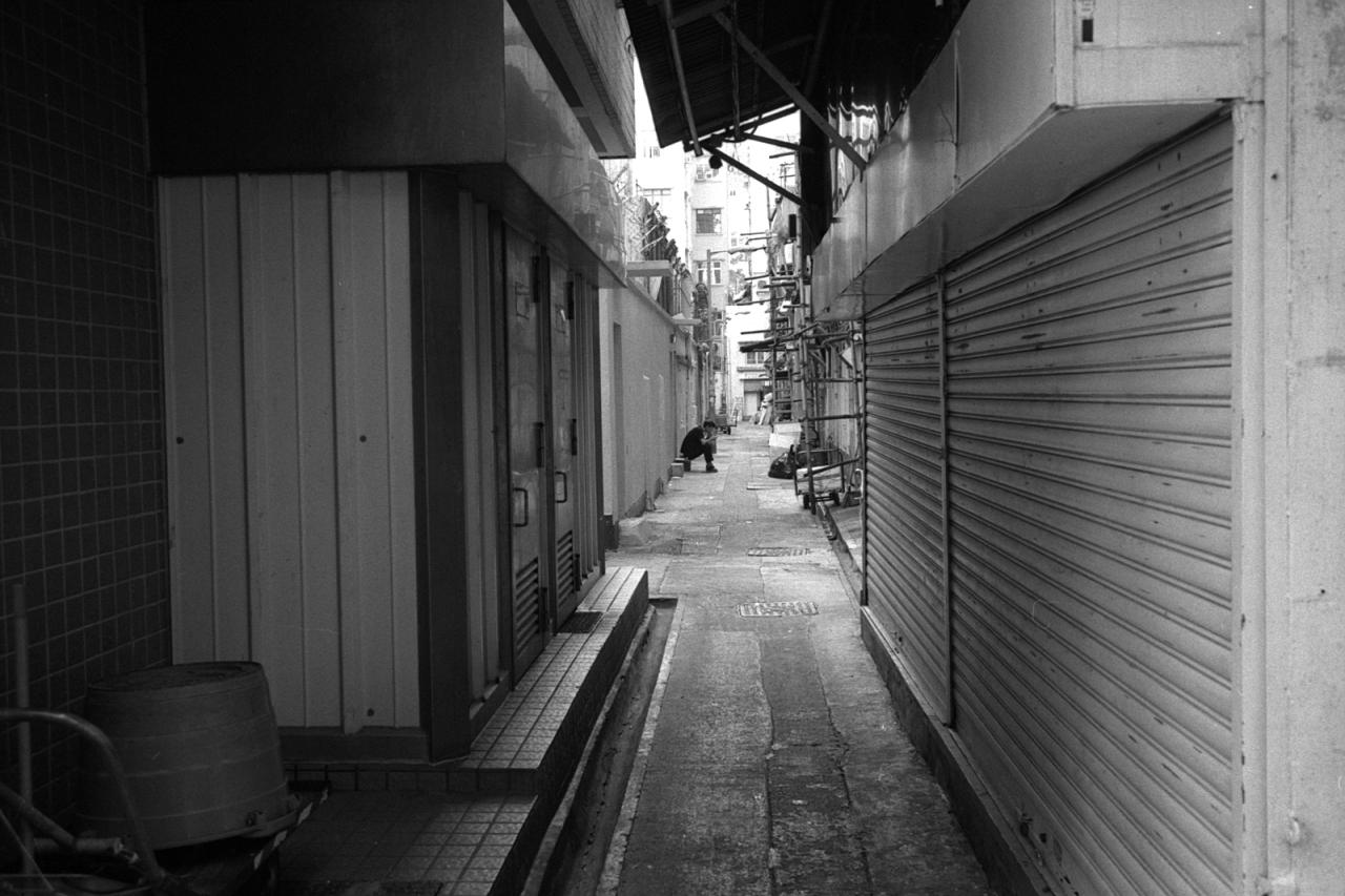 HK_B_13